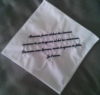 mouchoir-blanc-en-coton-brode-et-p-20104743-2014-07-04-18-03c96-3b79a_big.jpg